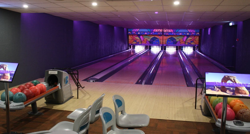 Helidon Hotel Bowling Alley