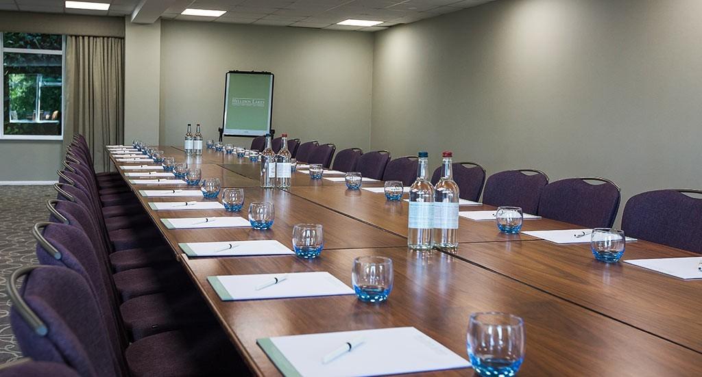 Hellidon Lakes Meeting Table
